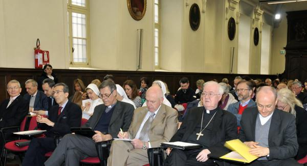 Nella prima fila, prof. don G. Zeppegno, mons. C. Nosiglia, dr. A. Comandone, prof. C. Casalone, prof. G. Palestro e magistrato Pino Morandini © F. A. D'Angelo 2018