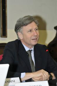 Moderatore del Convegno, Prof. Enrico Larghero, Medico-Teologo, membro del Centro Cattolico di Bioetica - Arcidiocesi di Torino