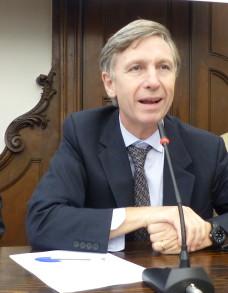 Prof. Enrico Larghero, medico, bioeticista, responsabile Master universitario in Bioetica presso la Facoltà Teologica di Torino - ©Bioetica News Torino