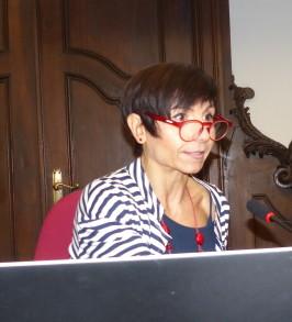 Lara Reale, giornalista scientifica, all'incontro Media ed etica in una società plurale, Facoltà Teologica ©Bioetica News Torino