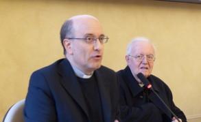 Prof. M. Epis e Mons. Nosiglia Convegno Economia delle relazioni 2019- F BNT