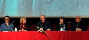 tavola-relatori-associazioni_-convegno-salute-e-poverta-2016-cottolengo